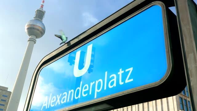 Berlin Alexanderplatz video