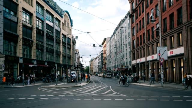vídeos y material grabado en eventos de stock de berlín mitte - berlín