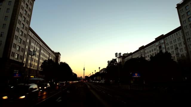 Berlin Skyline Frankfurter Tor, Zoom video