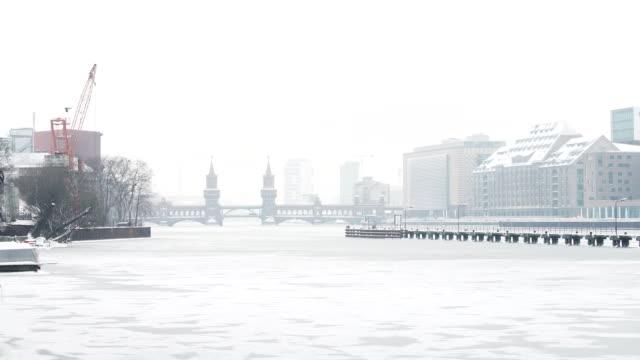 Berlin Skyline mit im Winter (4K) oberhof bobsleigh track – Video