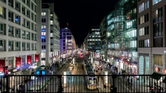 vidéos et rushes de timelapse berlin - friedrichstrasse - allemagne