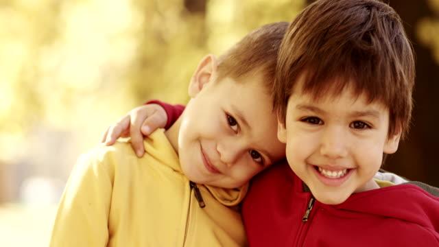 Mejores amigos. - vídeo