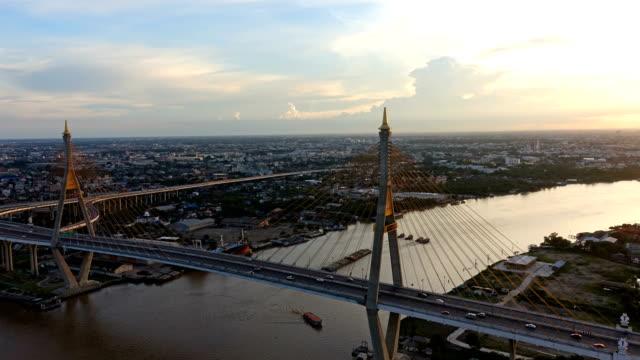 bhumibol bron vid solnedgången, bangkok, thailand - kungen av thailand bildbanksvideor och videomaterial från bakom kulisserna