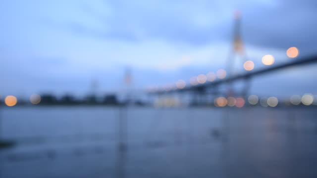 stockvideo's en b-roll-footage met bhumibol bridge, thailand for blur to focus - infaden