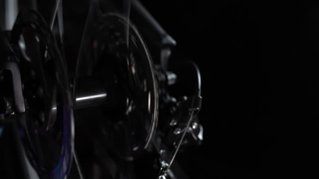 cu:bicycle redskap - chain studio bildbanksvideor och videomaterial från bakom kulisserna
