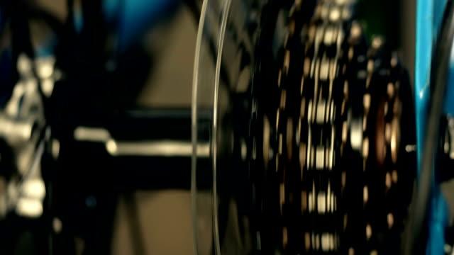 bicycle gear - rivoluzione industriale video stock e b–roll