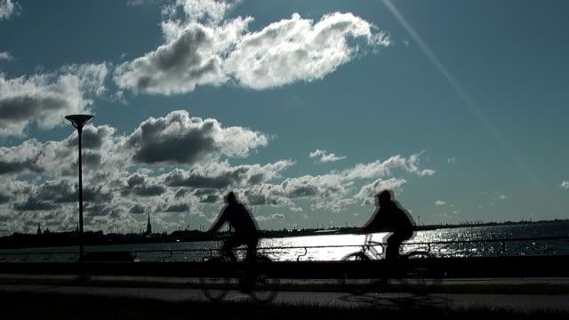 vídeos de stock e filmes b-roll de bicyclists - liga desportiva