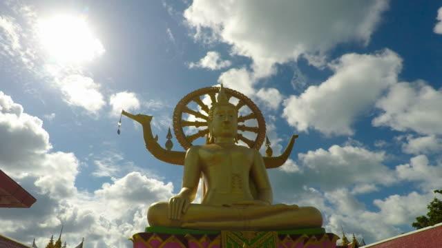 サムイ島の大きな仏像 - サムイ島点の映像素材/bロール