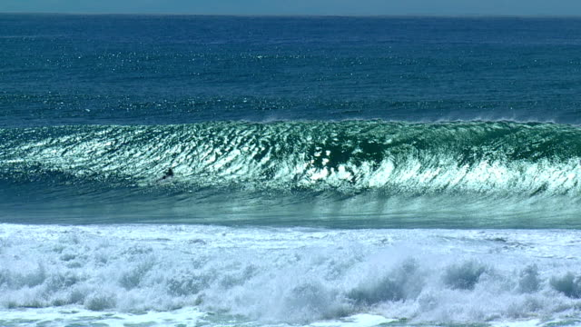 Big Hollow Wave