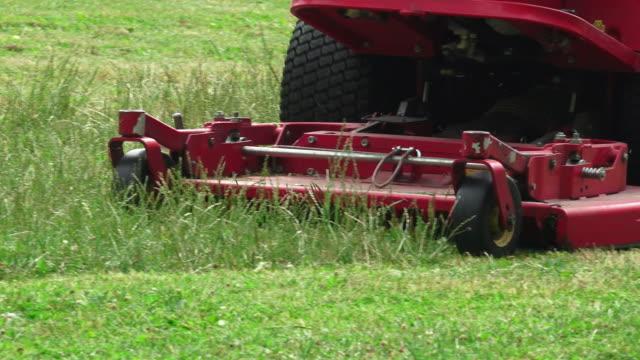 Big mower video