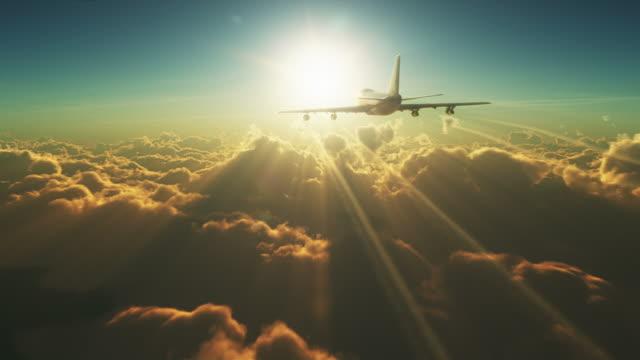 Big vuelo por encima de las nubes - vídeo