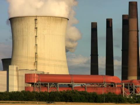pal: big power plant - klip uzunluğu stok videoları ve detay görüntü çekimi