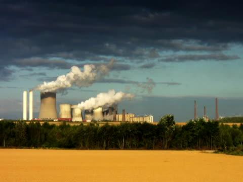 pal: grande impianto di alimentazione - attrezzatura energetica video stock e b–roll