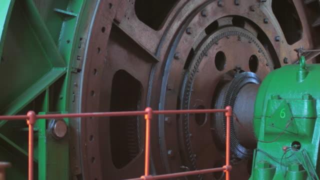 Big winch drum rotating video