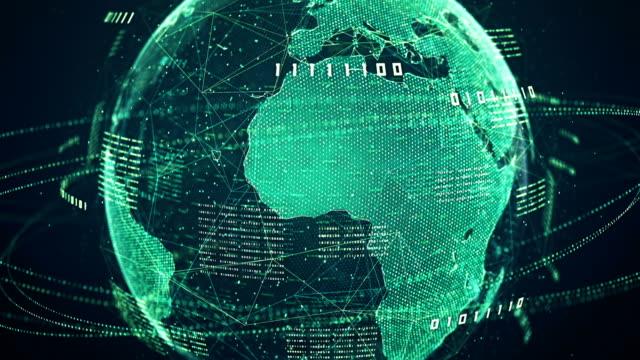 vídeos de stock e filmes b-roll de binary code globe (green) - loop - green world