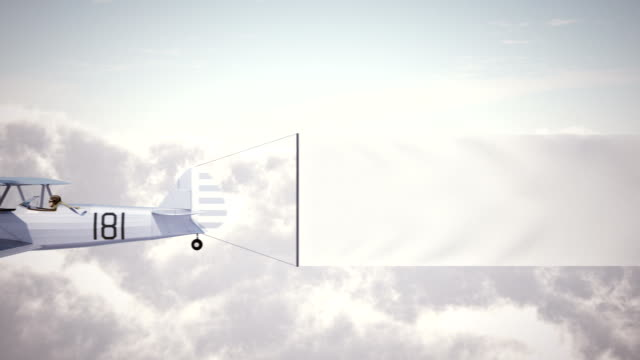 Avião biplano com Banner - vídeo