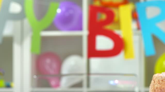 HD: Birthday Cake video