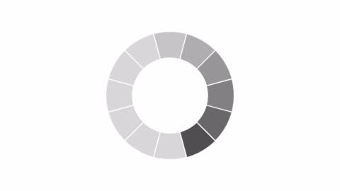 indicatore di caricamento e buffering in bianco e nero sull'animazione dello schermo di sfondo scuro - lentezza video stock e b–roll