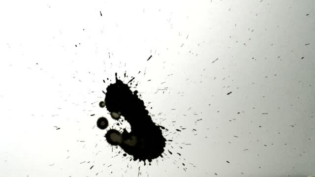ブラックの降下にホワイトペーパー)、slow motion (スローモーション) - 習字点の映像素材/bロール