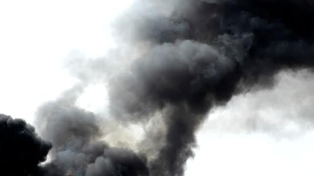 HD: Black Smoke In The Sky video