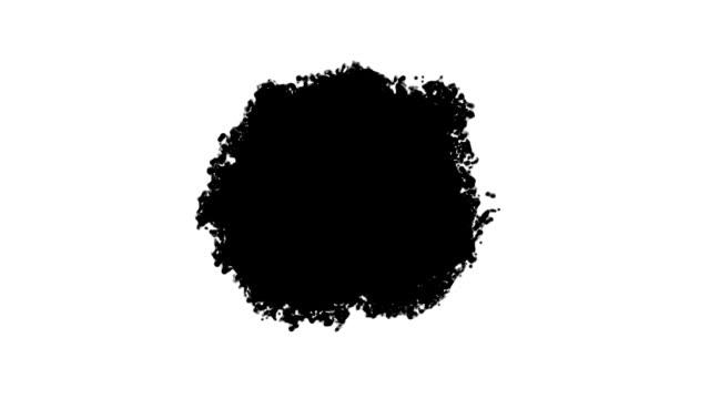 vídeos y material grabado en eventos de stock de negro onda propaga en diferentes direcciones el flujo de pintura llena toda la pantalla sobre un fondo blanco - marea