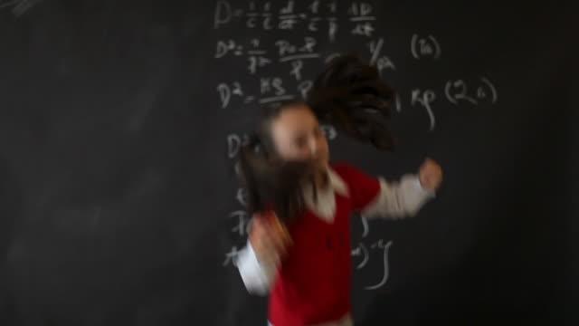 黒板スクールガール ビデオ