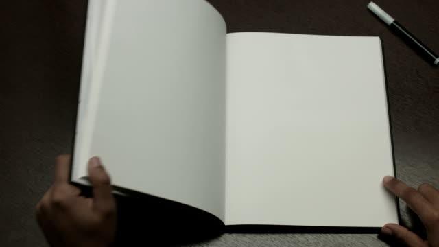 vídeos y material grabado en eventos de stock de libro blanco - libro