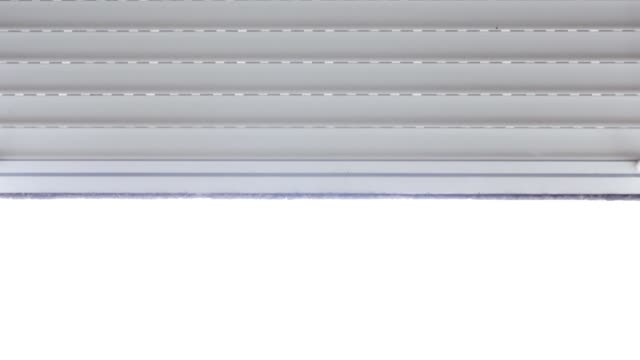 Blinds opening