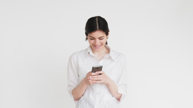 blogger lifestyle social media woman selfie phone