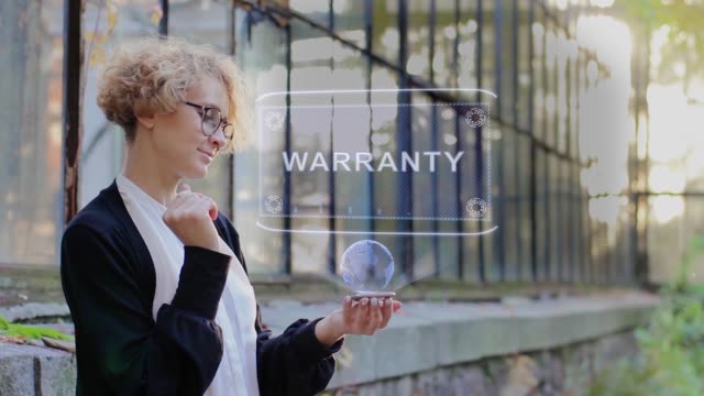 blonde använder hologram garanti - vakta bildbanksvideor och videomaterial från bakom kulisserna