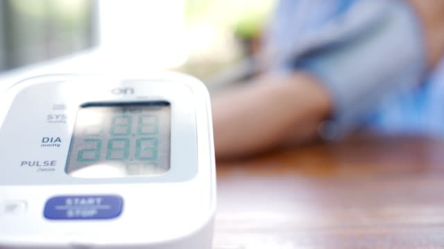 Blood pressure monitoring device test blood pressure for patient , SLOW MOTION