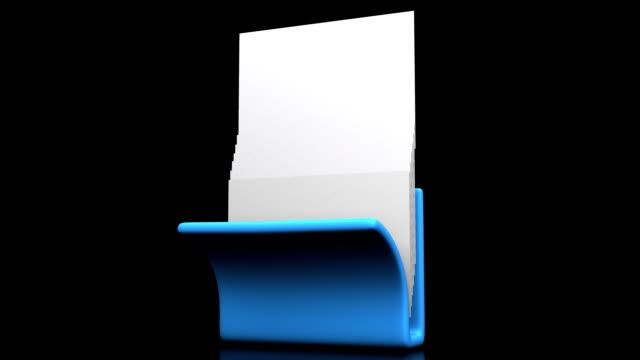 stockvideo's en b-roll-footage met blauwe map en documenten op zwarte achtergrond - opruimen
