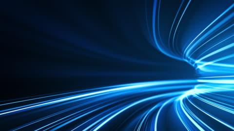 blaue high-speed-lichtstreifen hintergrund - abstrakt, datenübertragung, bandbreite - loopable - vision stock-videos und b-roll-filmmaterial