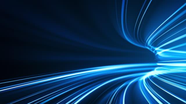 sfondo strisce luminose blu ad alta velocità - abstract, trasferimento dati, larghezza di banda - loopable - tunnel video stock e b–roll