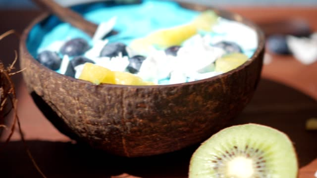 blue majik, spirulina superfood smoothie coconut bowls dolly shot video