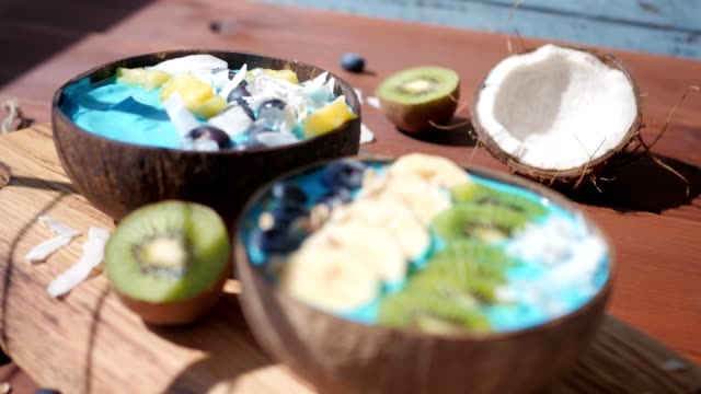blue majik, spirulina superfood smoothie coconut bowls rack focus video