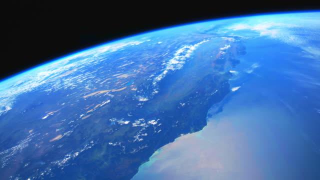 stockvideo's en b-roll-footage met blue planet earth uit de ruimte - geologie