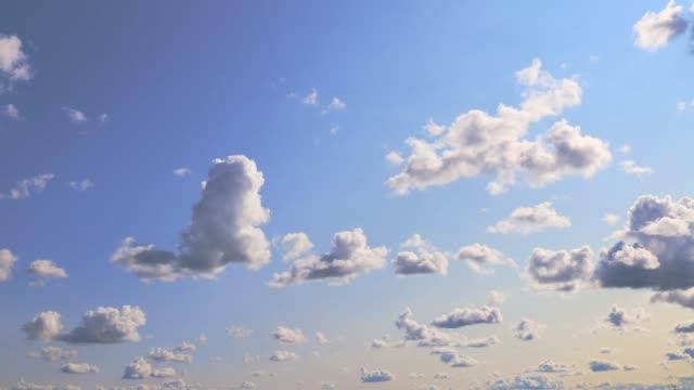 vídeos de stock, filmes e b-roll de timelapse azul do céu e nuvens - cirro