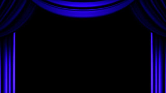 sipario blu su sfondo nero - sipario video stock e b–roll