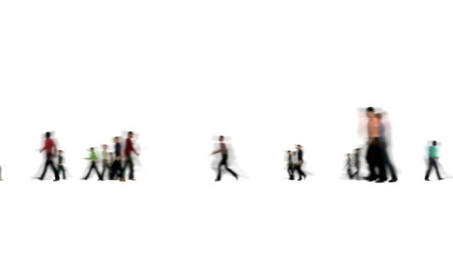 blur crowd insanlar yavaşça beyaz 4k üzerinde hareket - i̇nsan sırtı stok videoları ve detay görüntü çekimi