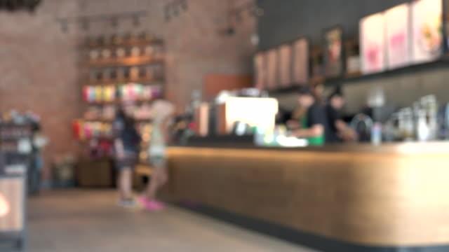 blurred coffee shop - stołówka filmów i materiałów b-roll