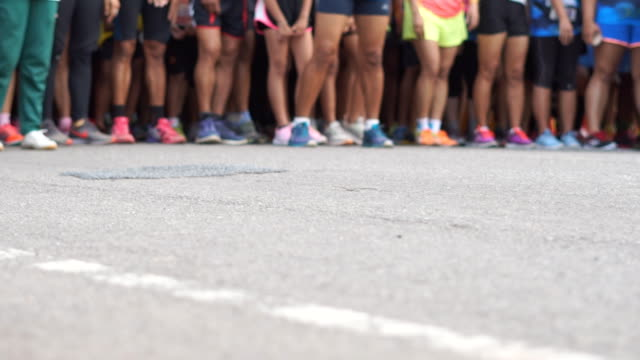 Blurred Marathon Runners And Fun Run. - vídeo