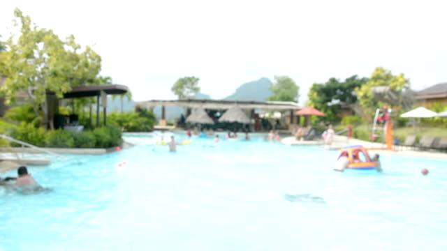 suddig rörelse av människor spelar i ramayana vattenpark, nya rekreation i pattaya, thailand. - pattaya bildbanksvideor och videomaterial från bakom kulisserna