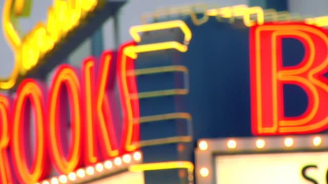 blurry neon - intoning bildbanksvideor och videomaterial från bakom kulisserna