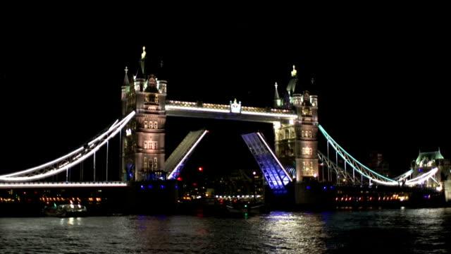 Boat passing through Tower Bridge, London video