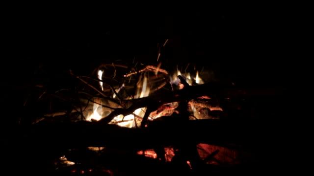 Bokeh campfire dreamy video