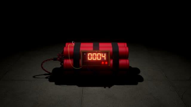 vídeos de stock e filmes b-roll de bomb counts down zoom in. 3d animation - bomba