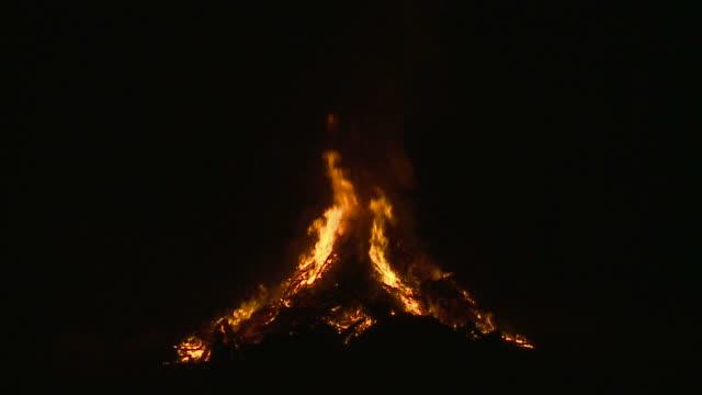 HD: Bonfire video