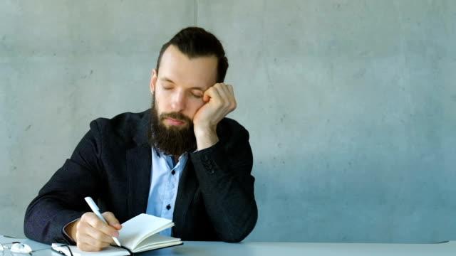 boring business meeting man nod off fall desk