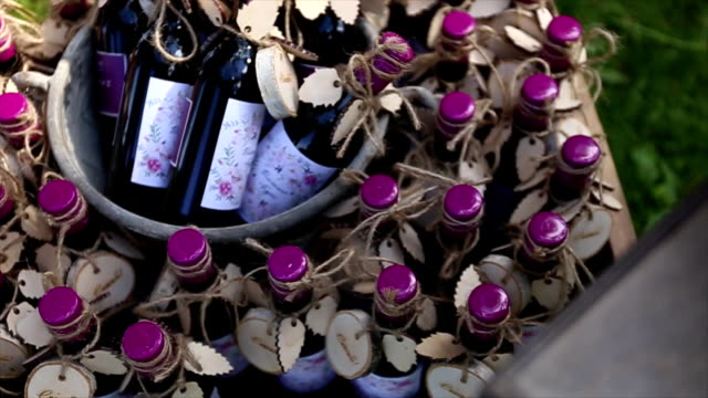 bottles of wine as gifts video